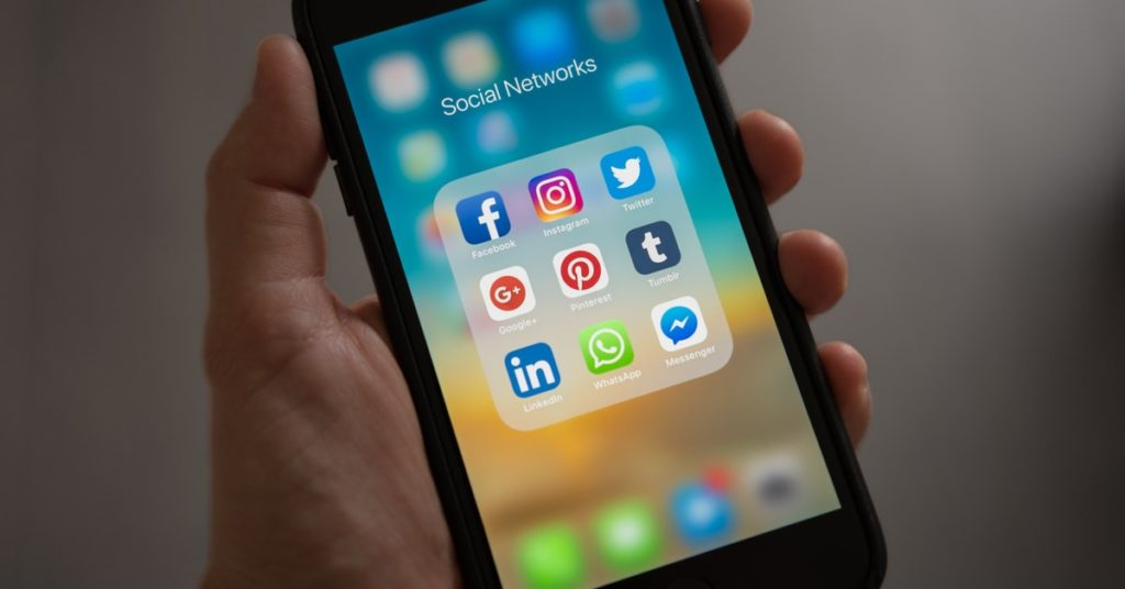 DigitalWerks Innovations » How To Be a Mobile App Developer? » October 16, 2021